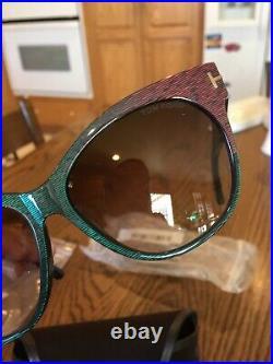 NEW! Tom Ford Women's sunglasses Cat Eye FT0330 Saskia Green